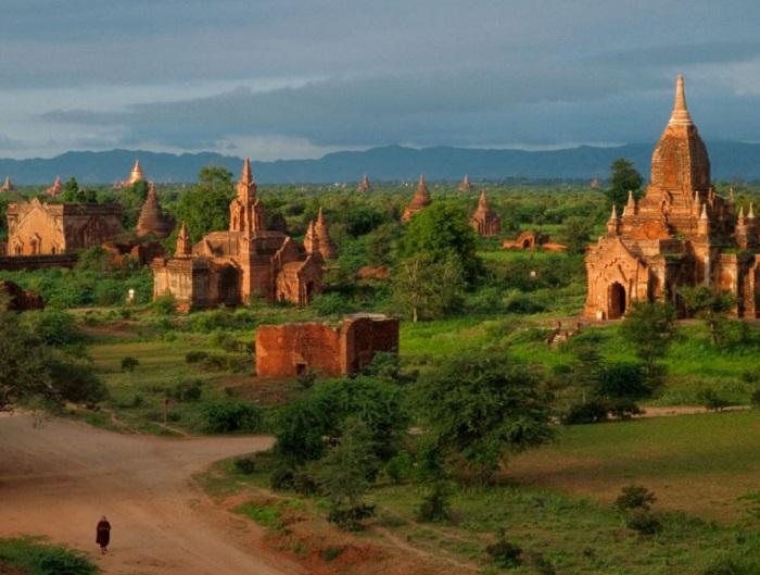 "Баган, Мьянма - ""Золотая страна"