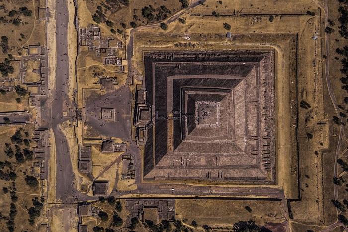 Теотиуакан - древний город, расположенный на территории Мексики. Автор фотографии: Энрико Пескантини (Enrico Pescantini).