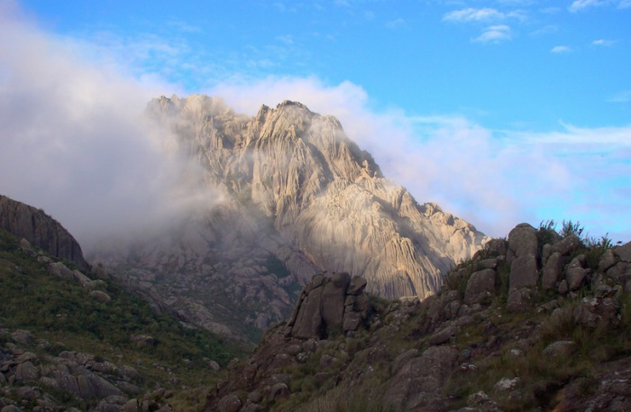 Старейший национальный парк, самый первый заповедник в Бразилии.