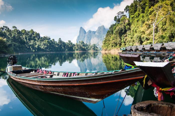 Считается самым дождливым местом в Таиланде, которые помогают поддерживать широкое разнообразие растений и животных.