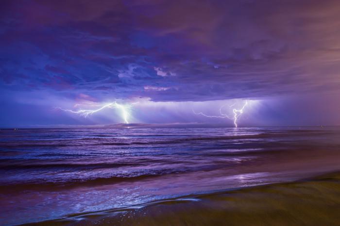 Шторм на море. Автор фотографии: Фредерик Фонуд.