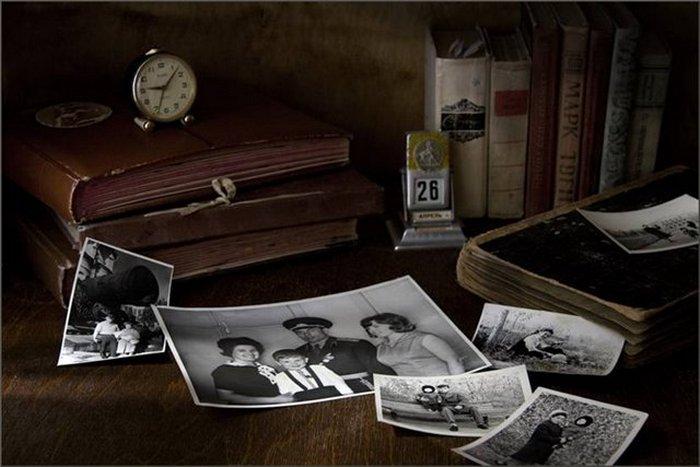 Старые семейные фотографии.