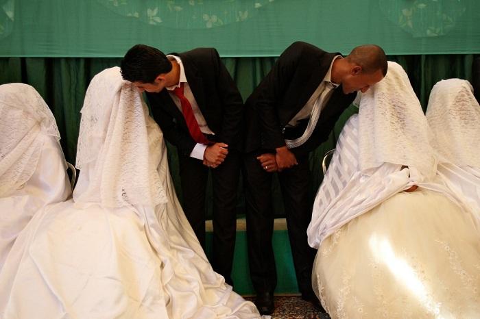 Иорданские невесты носят белые платья и ювелирные украшения из золота или серебра.