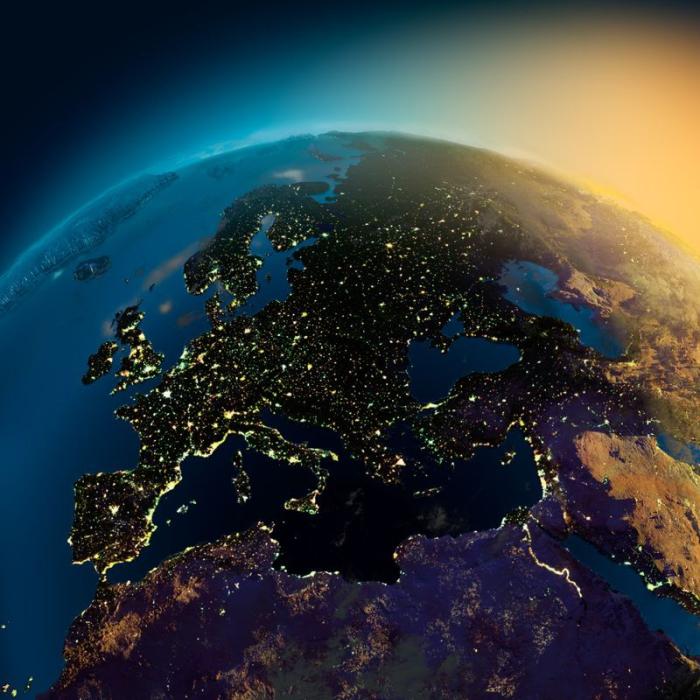 Ночное свечение Европы.