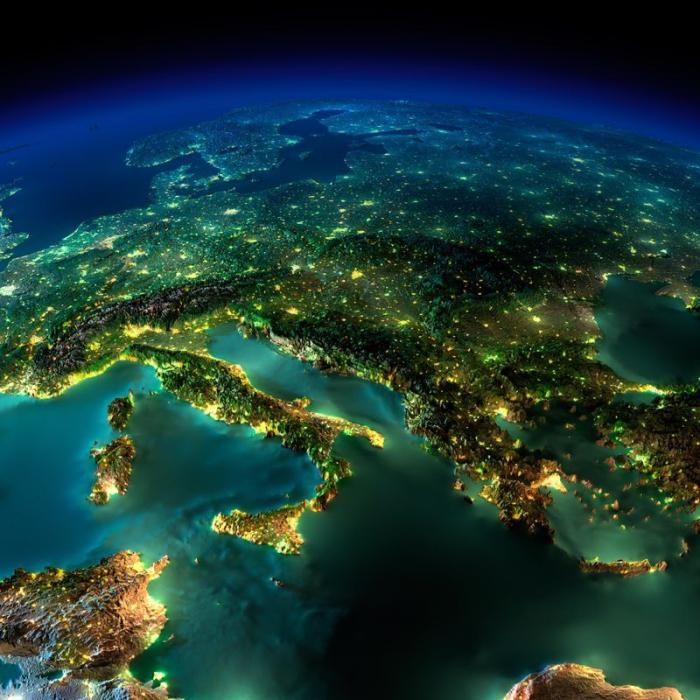 Фотография ночных городов из космоса.