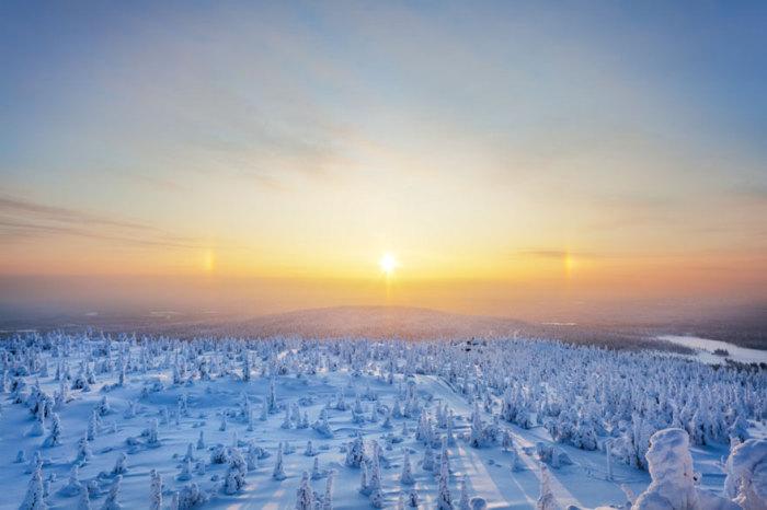 Холодные владения Снежной королевы плавно переходят в водную стихию.