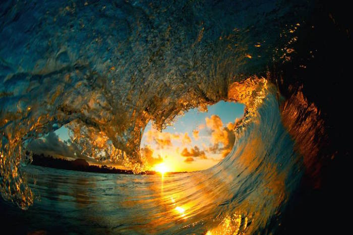 Завораживающий снимок удивительной природной стихии.