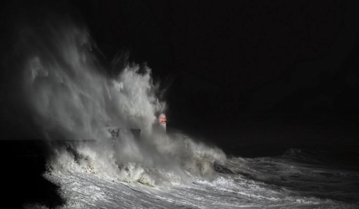 В темноте Стиву Гаррингтону удалось сделать лишь пару кадров – съемке помешала слишком плохая погода.