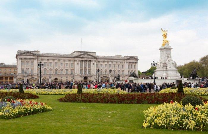 Официальная резиденция Ее Величества королевы в Лондоне.