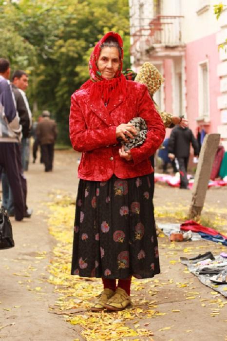 Красочная русская красавица, как во времена дворянского княжества.