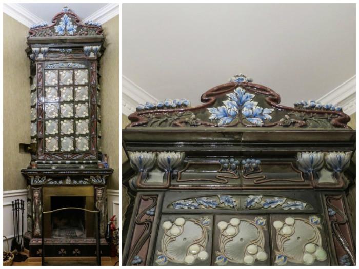Камин украшен керамической плиткой, сделанной известным финским заводом «АБО» по немецким эскизам.