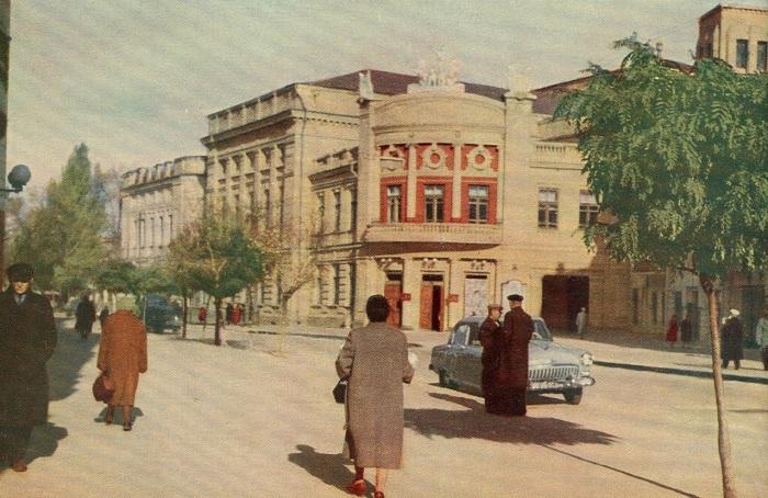 Днепропетровский драматический театр.