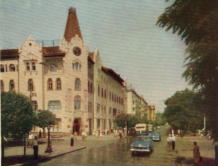 Гостиница расположена в центре Днепропетровска.