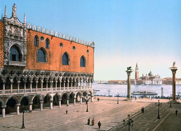 Самое грандиозное здание Венеции.