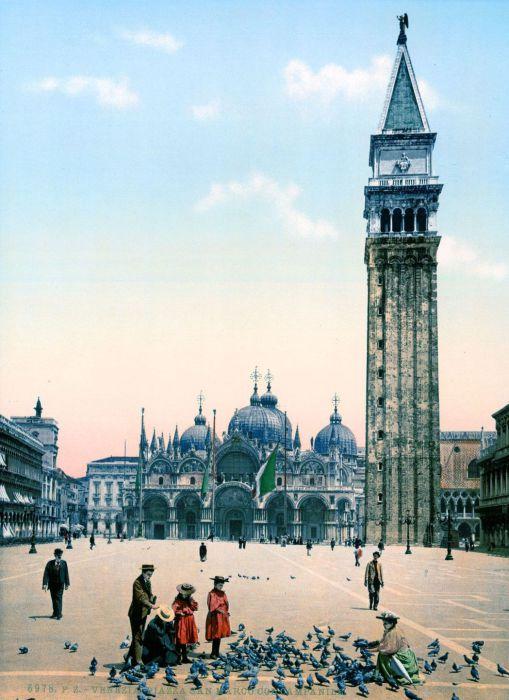 Часть всемирно известного собора Святого Марка, который находиться на площади Сан-Марко.