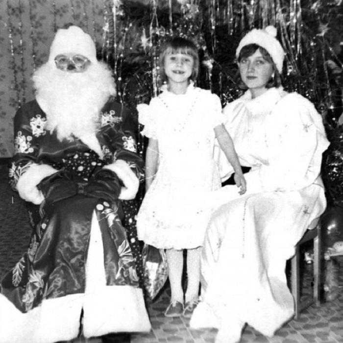 К нам в гости приходили Дед Мороз и Снегурочка.