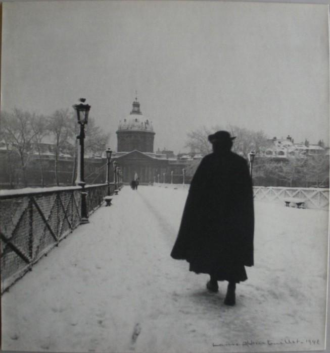 Первый железный мост Парижа через реку Сену.