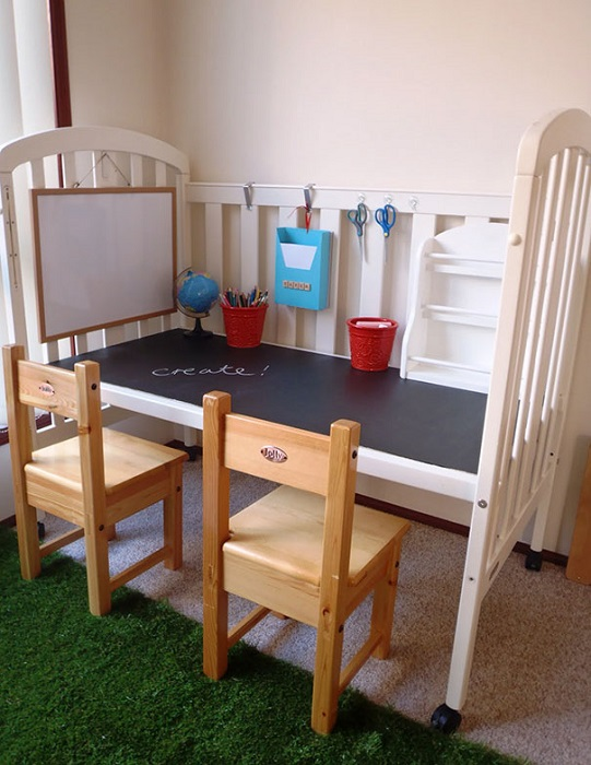 Вторая жизнь детской кроватки.