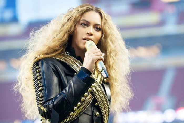 Американская певица в стиле R'n'B, музыкальный продюсер, актриса, танцовщица и модель.