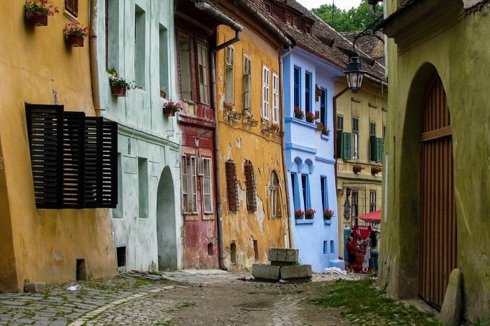 Сигишоара является одним из наиболее красивых и хорошо сохранившихся средневековых городов в Европе. Фотограф: Dan Tivadar.