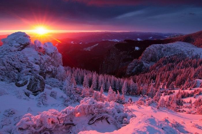 Один из самых известных горных массивов в Румынии.Фотограф: Lazar Ovidiu.