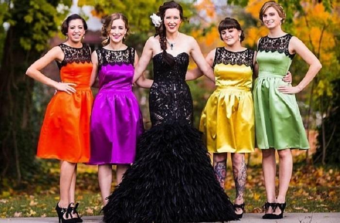 Оригинальный взгляд на свадебный наряд.