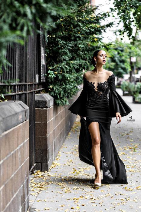 """Потрясающее экстравагантное платье для невесты """"с характером"""""""