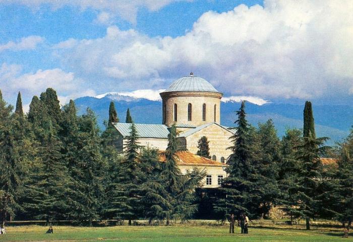 Памятник архитектуры X-XI веков.
