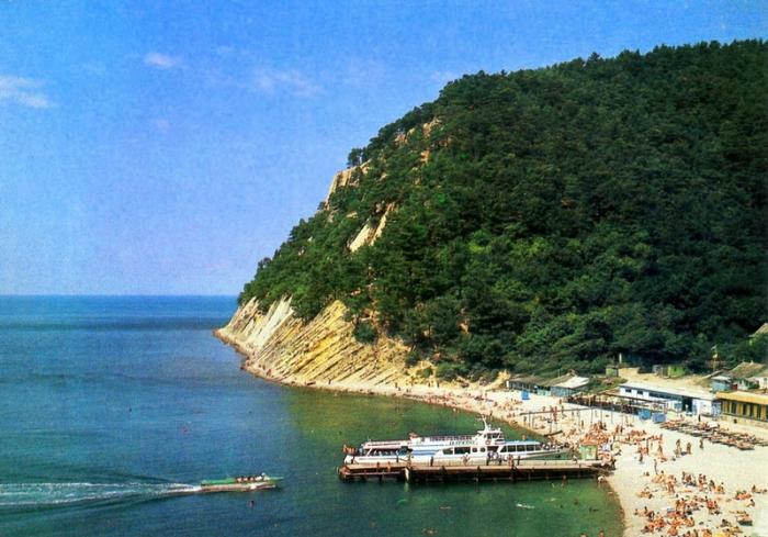 Замечательный и уютный посёлок Черноморского побережья.