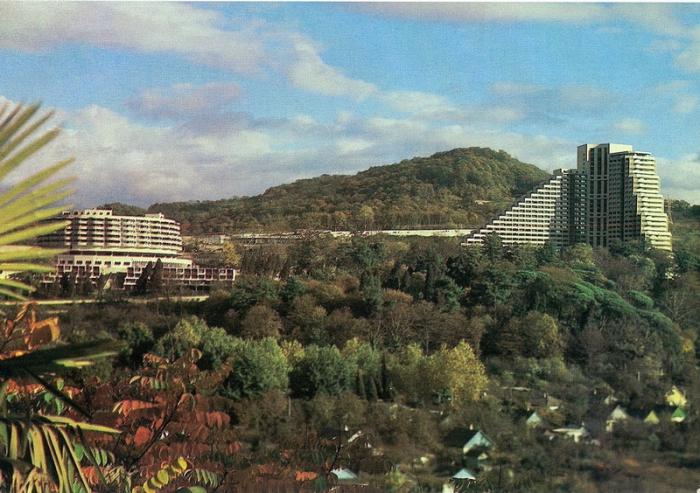 Один из самых популярных курортных гостиниц в Сочи.