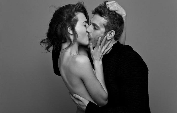 Поцелуй - это выражение эмоций без слов.