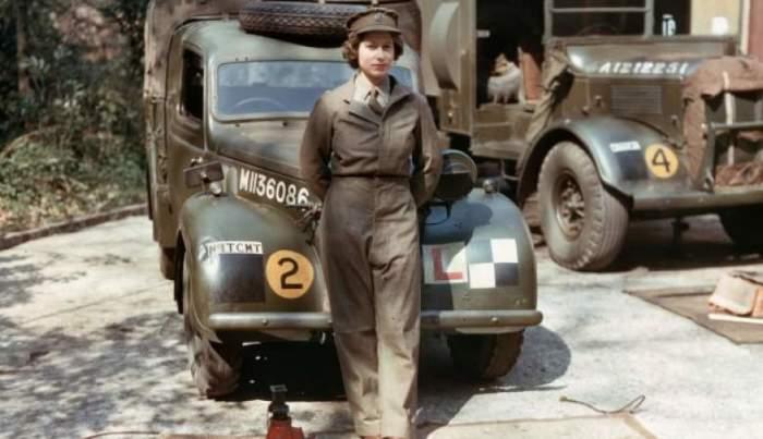 На снимке – 18-летняя принцесса Елизавета Александра Мария, которая до восшествия на престол служила водителем грузовика в Женском вспомогательном территориальном корпусе.