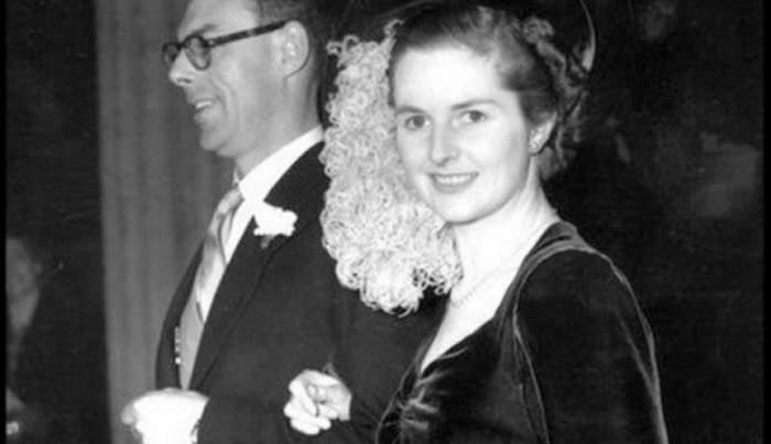 На снимке 1949 года запечатлена 24-летняя Тетчер со своим мужем, женщина стала премьер-министром Великобритании в 1979 году и занимала пост целых 11 лет!