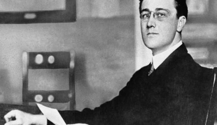 Фотография сделана в 1913 году, когда Рузвельту был 31 год, а в 1933 году он занял пост 32-го президента США.