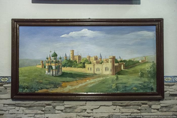 Усадьбу и замок строили Поповы в нескольких поколениях.
