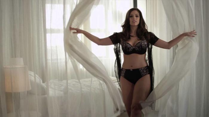 Эшли была тренером на MTV для девушек, стремящихся стать моделью plus size.