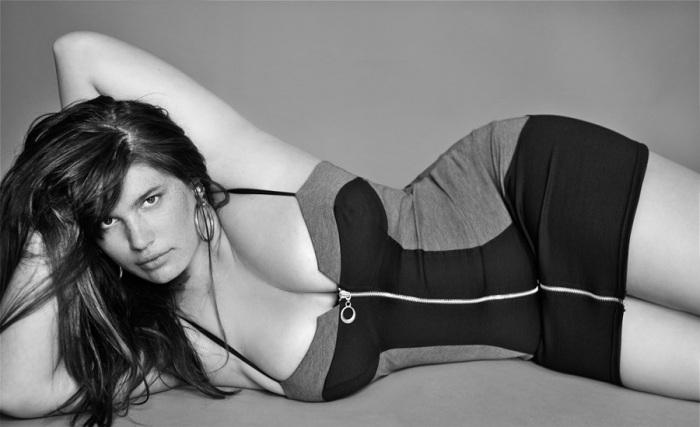 Клемен — лицо американской марки American Apparel, которая прославилась своими скандальными рекламными кампаниями.