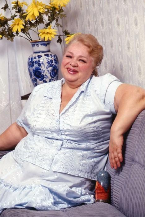 Советская и российская актриса театра и кино, заслуженная артистка Российской Федерации.