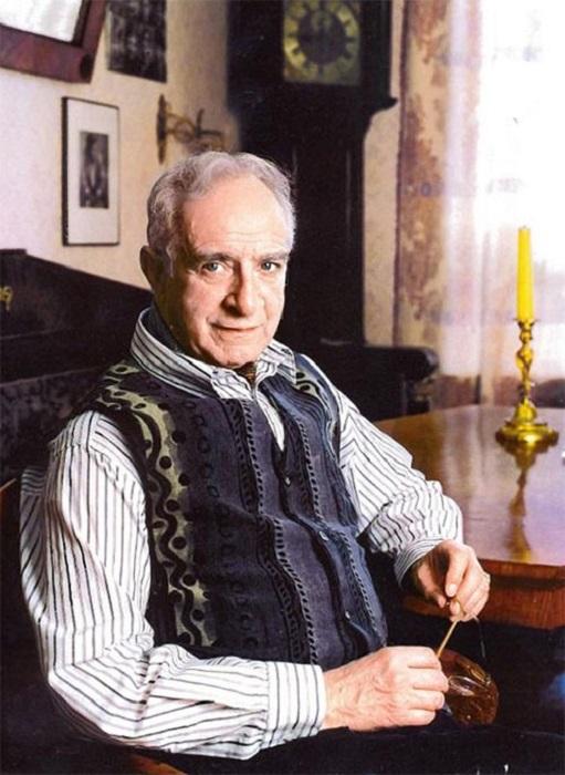 Талантливый актер играл маркизов, баронов, принцев, белогвардейских офицеров и каждая роль получалась высокой пробы – «главный аристократ страны».