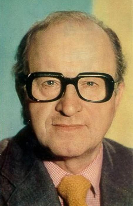 Актер стал популярным после таких кинолент «Вий», «Визит к Минотавру», «Вам и не снилось,..», «Менялы».
