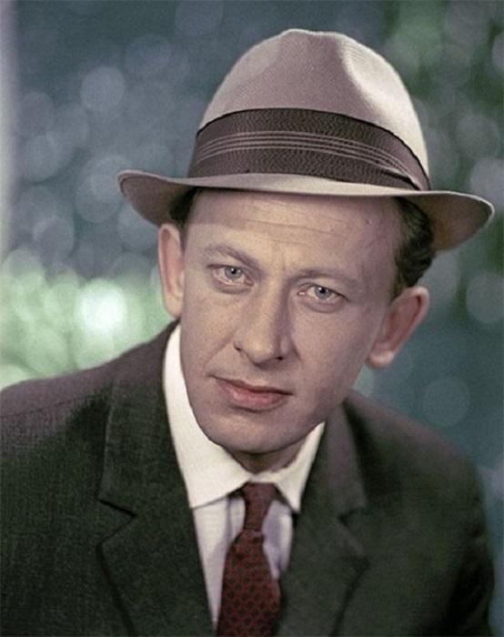 Гениальный и разноплановый актёр снялся в фильмах «Гардемарины, вперёд!», «Бег», «Демидовы», «Семнадцать мгновений весны», «Собачье сердц».