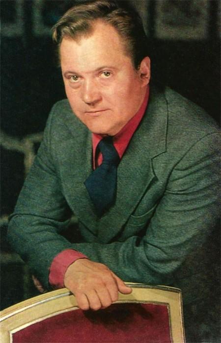 <br>На счету мастера 150 актёрских киноработ, а так же разноплановые образы на сценах Малого театра, театр им. Ермоловой, театр им. Вл. Маяковского и «Современник».