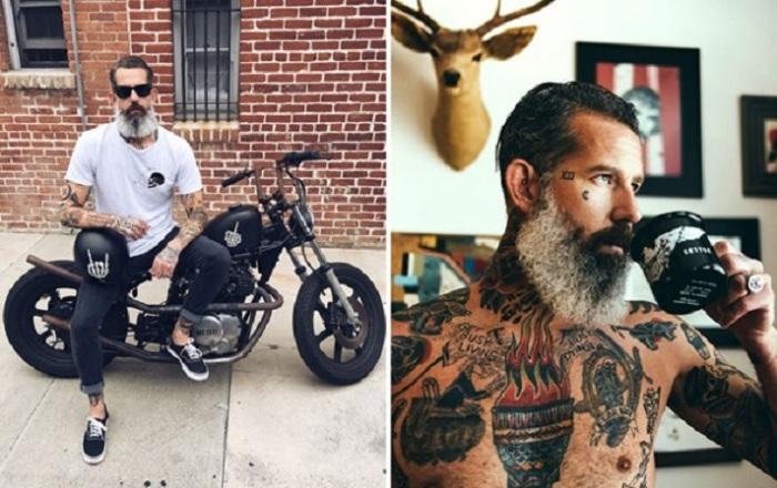Профессиональный татуировщик, модель и дизайнер с пиратской фамилией увлекается мотоциклами.