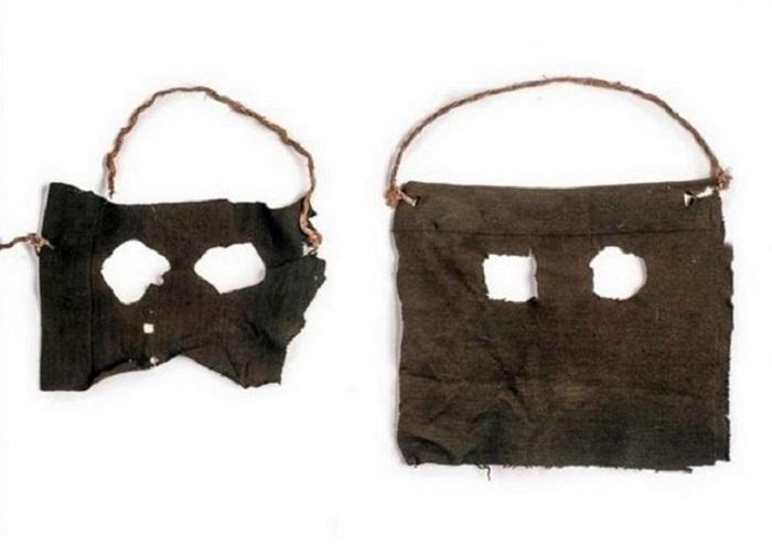 Маски из дамских чулок, в которых братья Страттон из Британии убивали своих жертв, 1900-е годы.