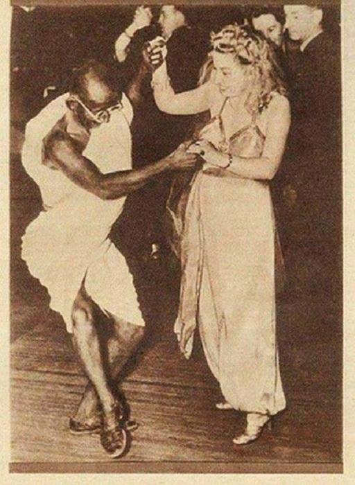 Один из руководителей и идеолог национально-освободительного движения Индии.