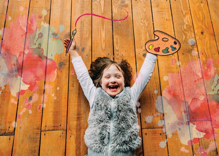 Художница, мечтающая раскрасить весь мир акварельными красками (Синдром Дауна).