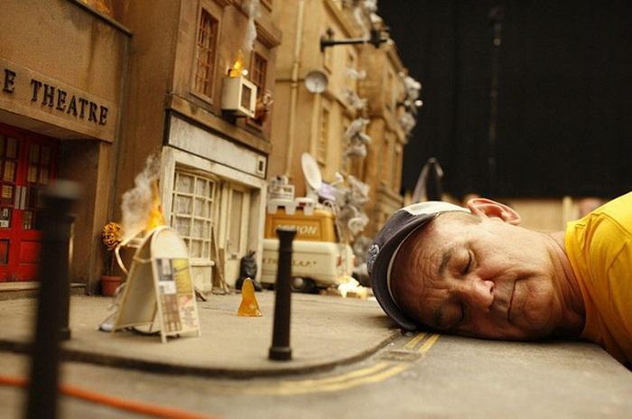 Кукольный мультфильм, с озвучиванием главной роли голосом Джорджа Клуни.