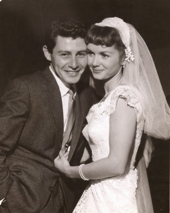 Свадьба американской актрисы и американского эстрадного певца, 1956 год.