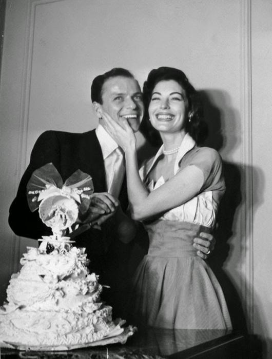 Свадьба американского певца и одной из ярчайших звёзд Голливуда 1940-х и 1950-х годов, 1951 год.