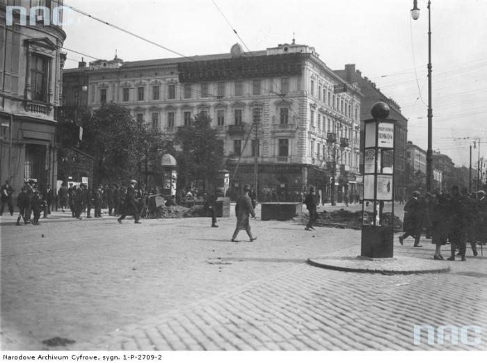Баррикады на углу ул. Маршаловска и Иерусалим-авеню.
